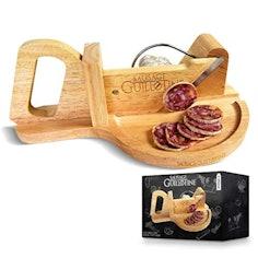 Traditionelle Wurstschneidemaschine aus Massivholz